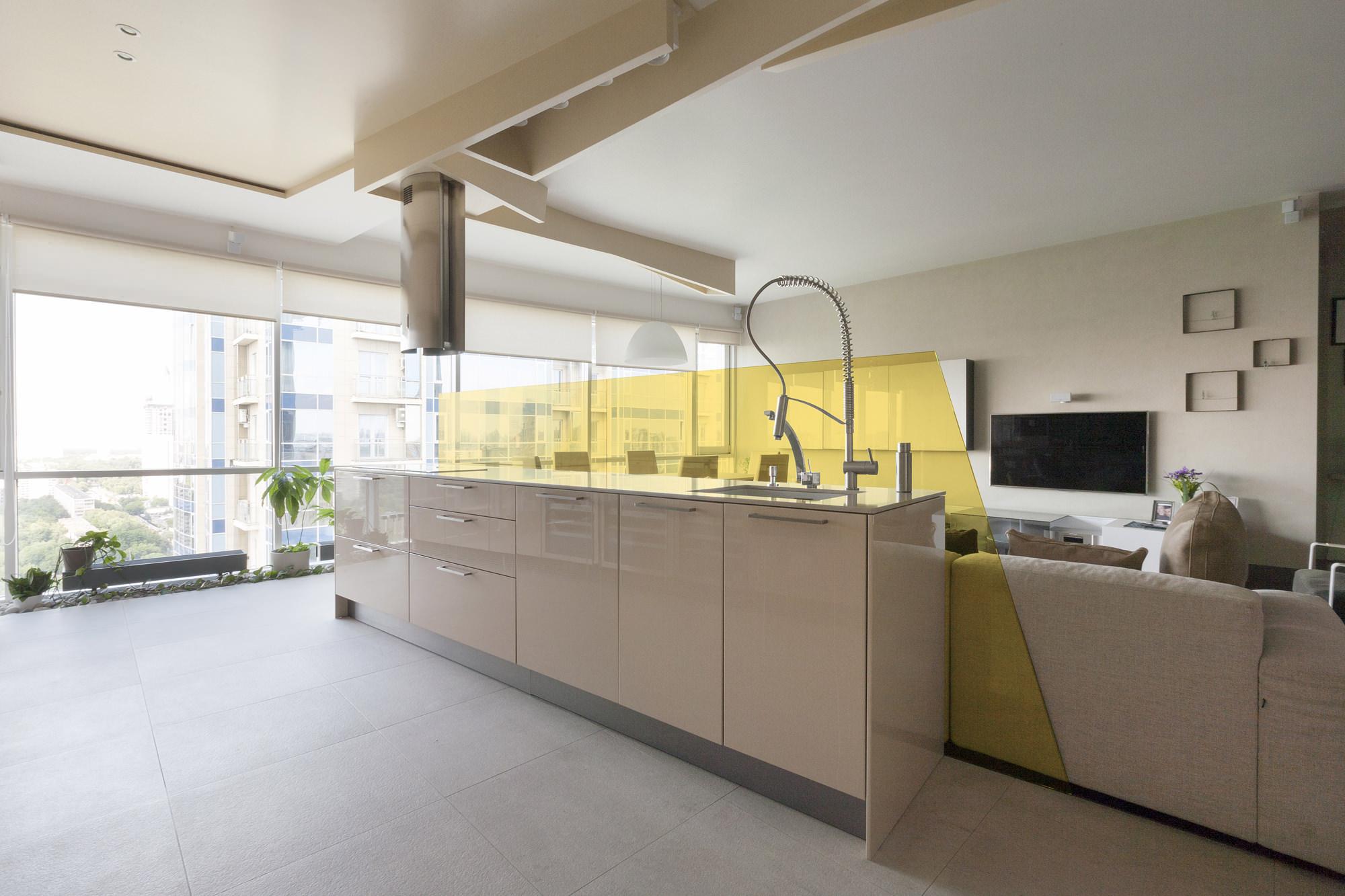 za bor Nezhinskaya Apartment kitchen space