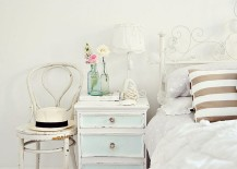 A-beachy-vintage-nightstand-for-the-shabby-chic-interior-217x155