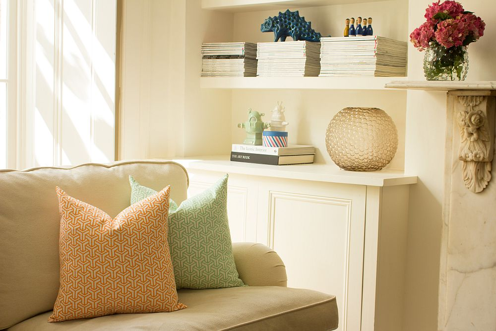 Accent pillows with light pastel colors and geometric pattern are perfect for the modern interior