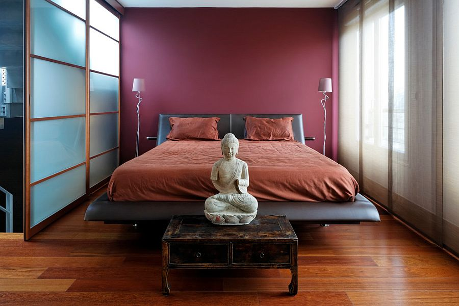 Awesome Asian bedroom exudes poise and refinement [From: Sébastien Mathé]