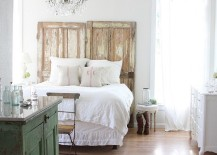 Bedroom-epitomizes-teh-original-shabby-chic-style-eloquently-217x155