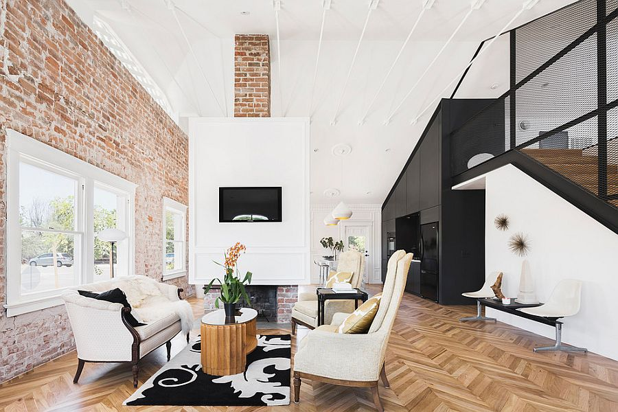 Black, white, brick walls and chevron pattern flooring in the living room [Design: contramark]