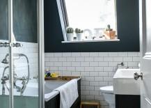 Blend of light and dark elements in the Scandinavian bathroom