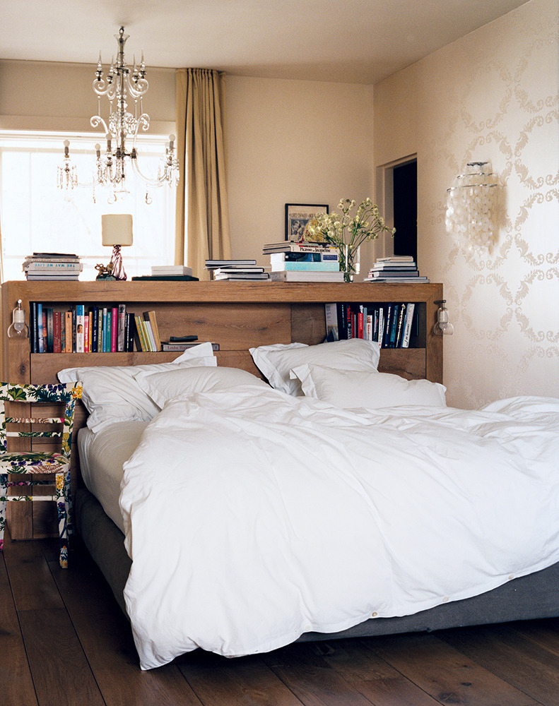 17 bookshelves that double as headboards - All in one double bed ...