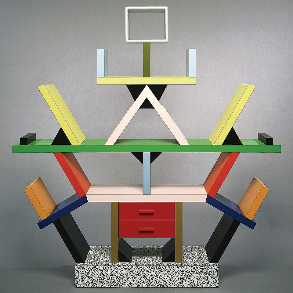 20 images that capture the spirit of memphis design for Arredamento postmoderno