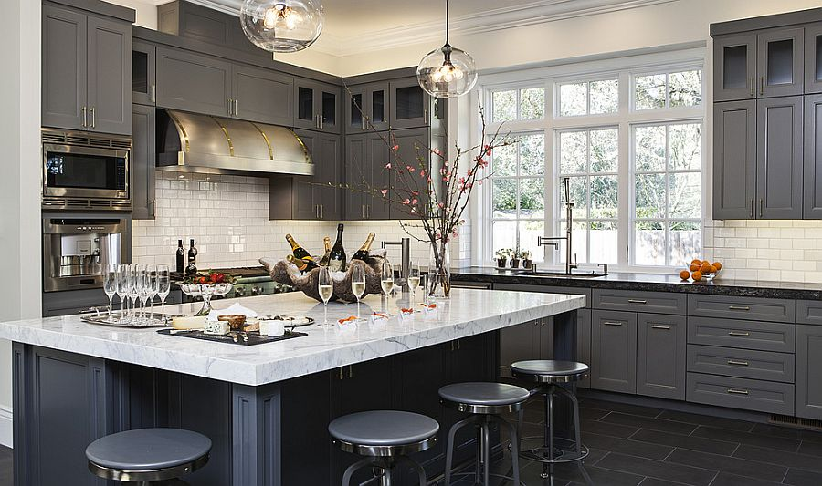 50 gorgeous gray kitchens that usher in trendy refinement for Kitchen cabinet trends 2018 combined with navy blue and white wall art