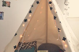 Classic and simple teepee stocked with pillows and books 15 Whimsical Teepee Reading Nooks for Kids 15 Whimsical Teepee Reading Nooks for Kids Classic and simple teepee stocked with pillows and books