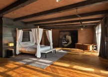 Comfy-bedroom-with-earthen-hues-and-timeless-Italian-charm-217x155