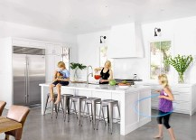 Contemporary kitchen in white with a generous island