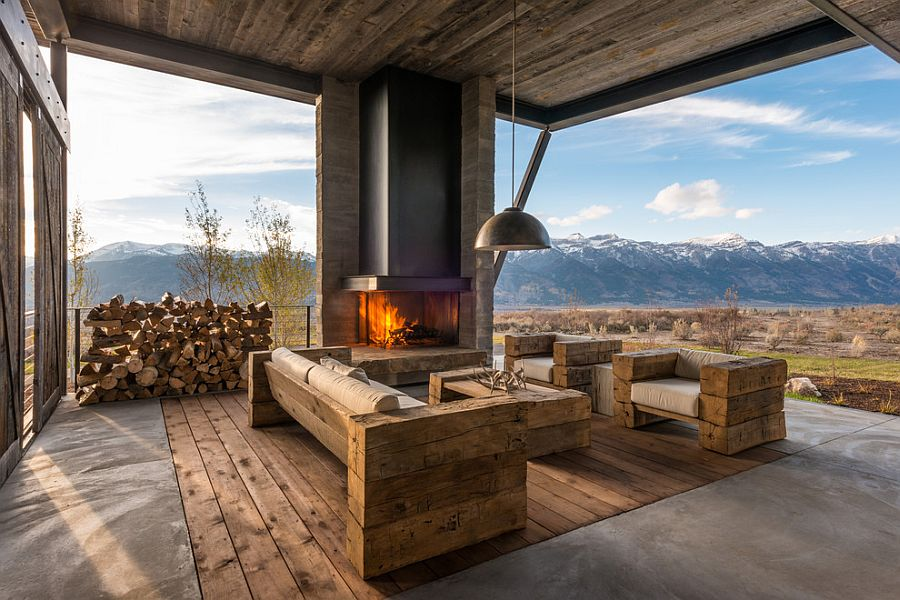 Custom-made furniture and fireplace for the awesome rustic deck [Design: On Site Management]