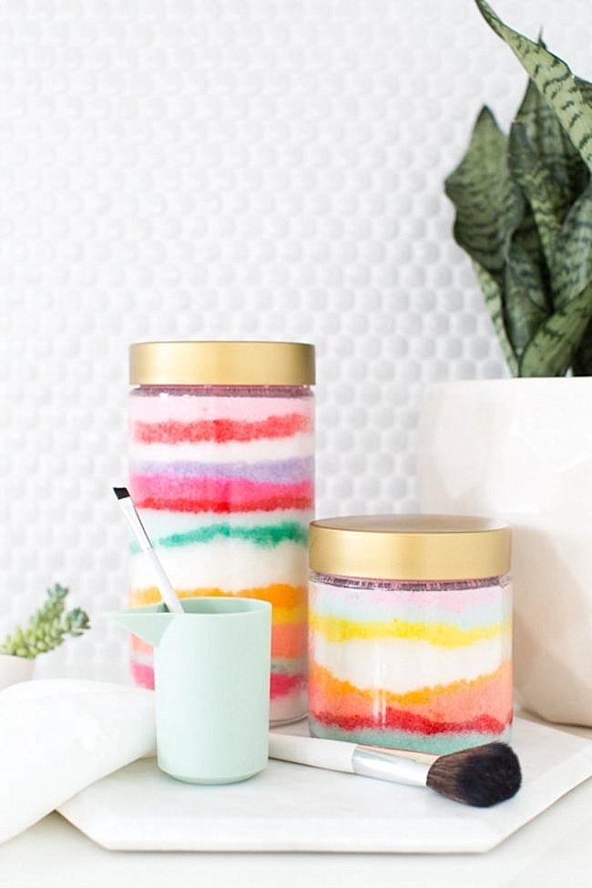 DIY sugar scrub from Sugar & Cloth