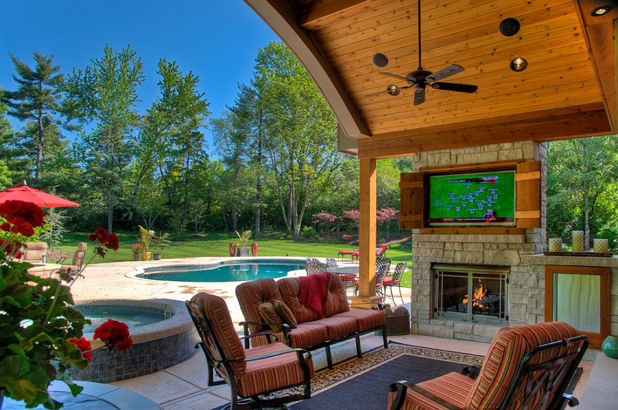 Expansive outdoor living area with TV [Design: Heartlands Building Company]