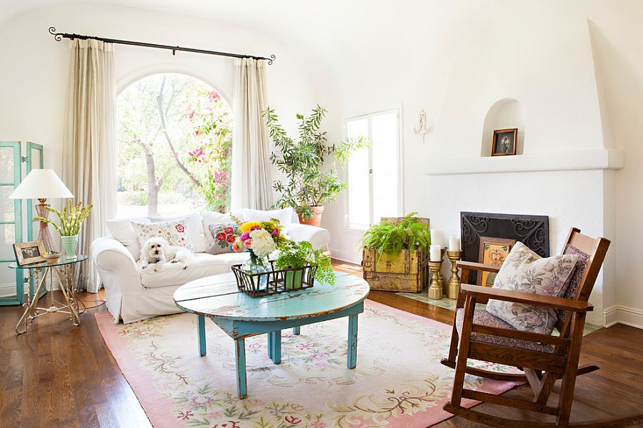 Superb View In Gallery Flea Market Finds Are Always A Hit In The Shabby Chic  Living Room [Design: