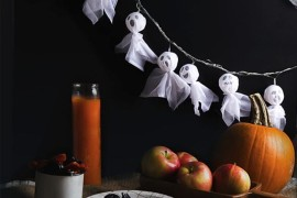 Ghost lights from Say Yes 20 Last-Minute Halloween Ideas with Modern Flair 20 Last-Minute Halloween Ideas with Modern Flair Ghost lights from Say Yes