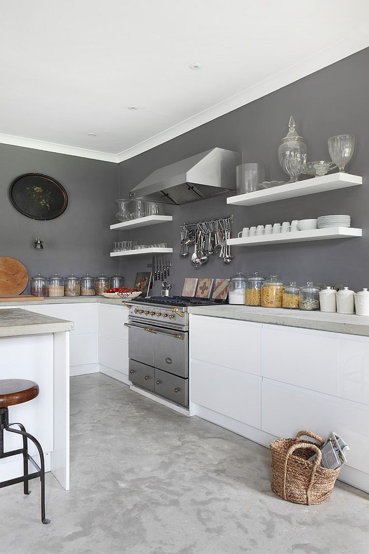 Gray gives the farmhouse kitchen a modern makeover [Design: VSP Interiors]