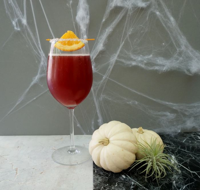 Halloween cocktail idea from Mirror80