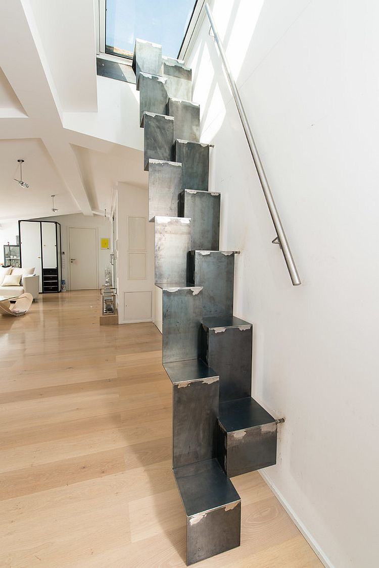Ingenious staircase leading to the roof deck above [Design: Spitzbart Treppen]