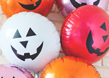 Jack-o-lantern-balloons-from-A-Subtle-Revelry-217x155