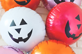 Jack-o-lantern balloons from A Subtle Revelry 20 Last-Minute Halloween Ideas with Modern Flair 20 Last-Minute Halloween Ideas with Modern Flair Jack o lantern balloons from A Subtle Revelry