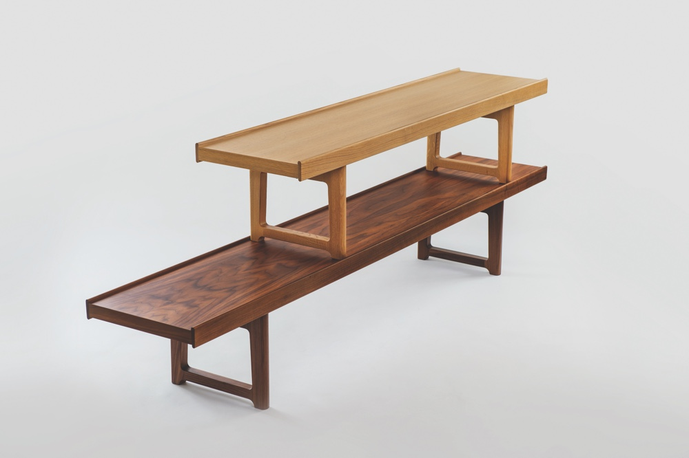 Krobo in oak and walnut