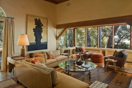 Captivating Ocean Views and Cozy Ambiance Await at Big Sur Cabin