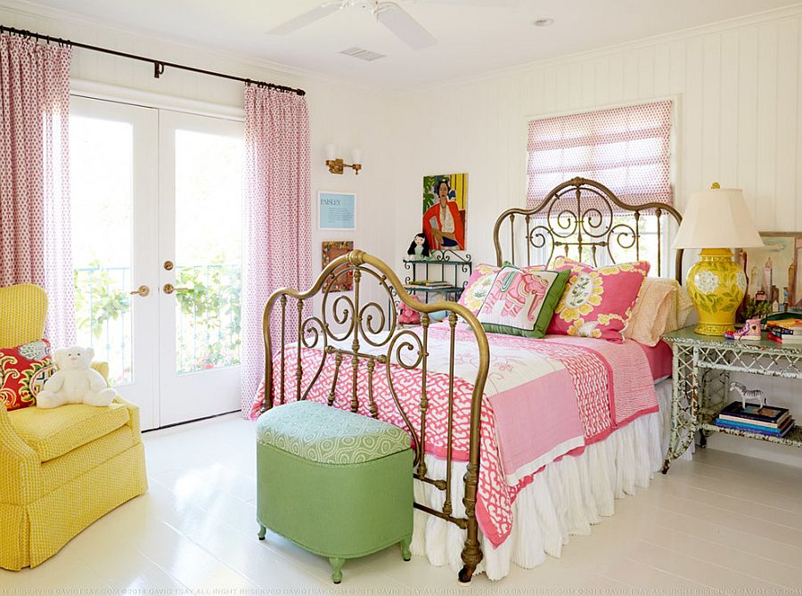 Lovely Bedroom Showcases The Beach Cottage Look Of Shabby Chic Style Design Alison Kandler