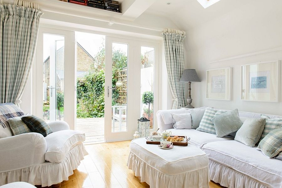 Lovely drapes and frilled decor fashion a classic setting [Design: Whitstable Island Interiors]