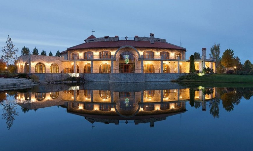 Residence BO: Luxurious Kiev Villa Wrapped in Rustic Tuscan Charm