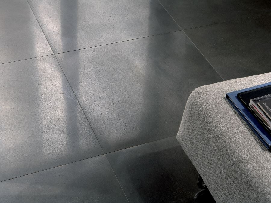 Metal-effect flooring by Ceramica Fioranese