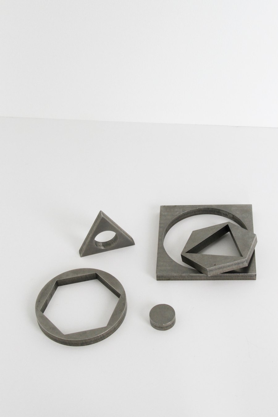 Metal objects from Table of Contents Studio