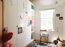 Neutral-color-scheme-gives-the-small-room-a-more-spacious-look-217x155