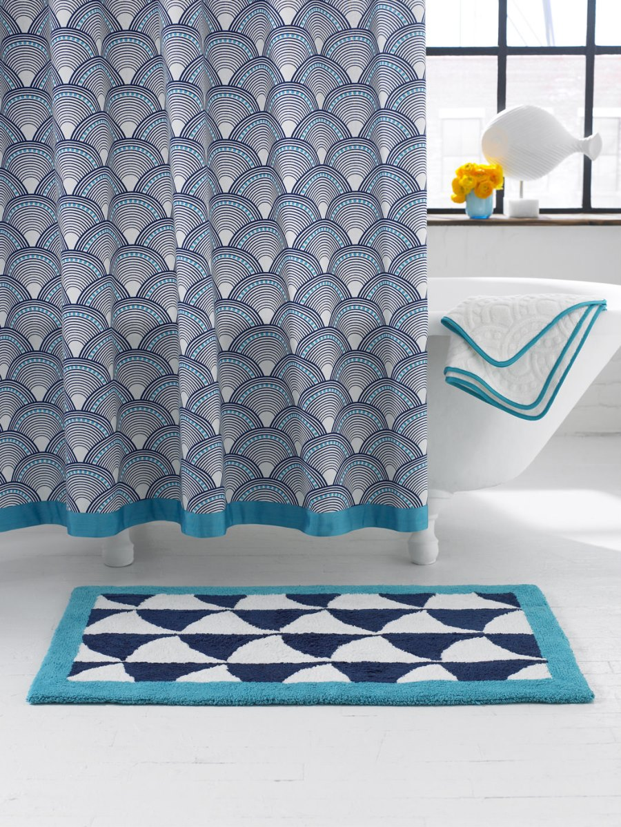 elegant highend shower curtains - view in gallery patterned shower curtain from jonathan adler