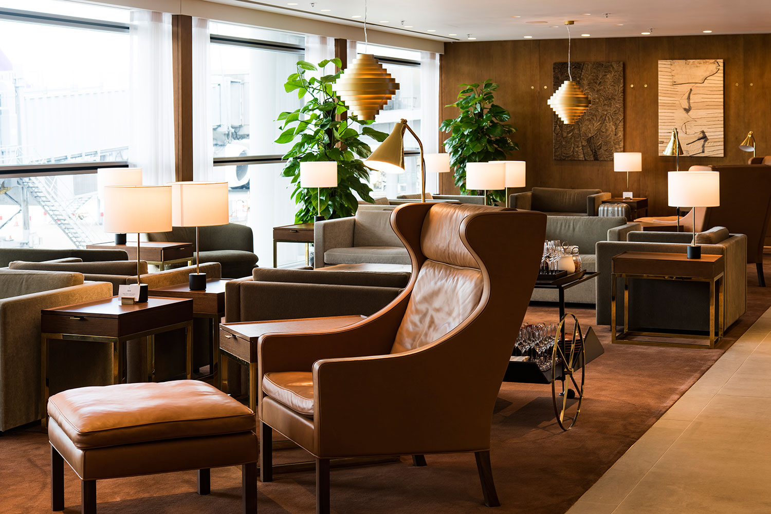 Pier First Class lounge for Cathay Pacific