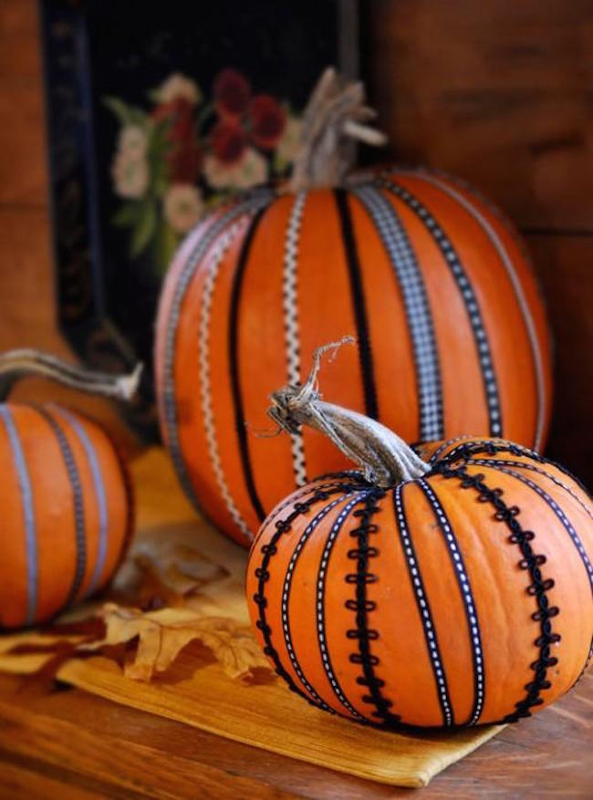 Pumpkins with gorgeous black ribbon