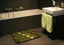 Real moss bath mat 217x155 7 Bath Mat Ideas to Make Your Bathroom Feel More Like a Spa