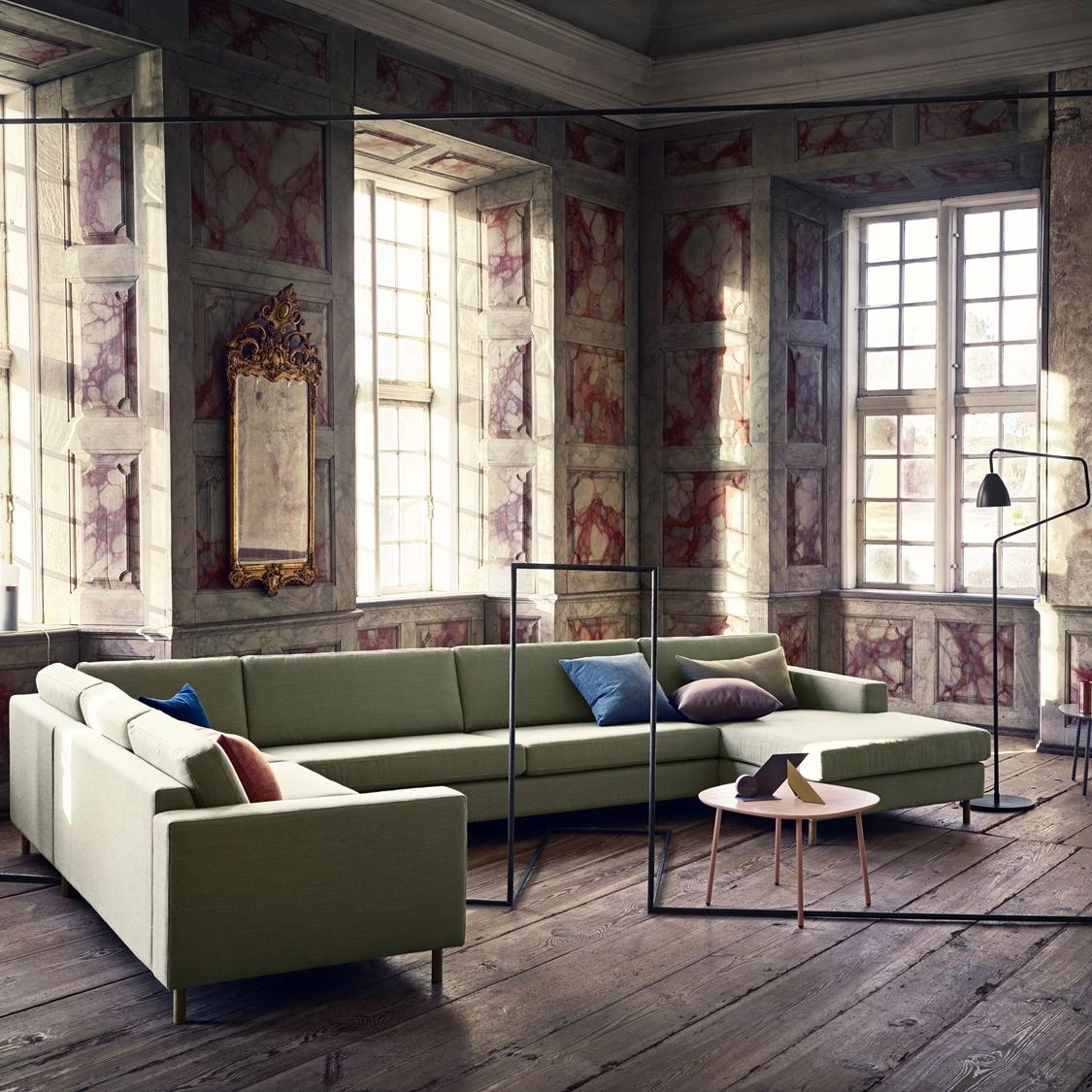 10 High End And Handsome Contemporary Sofas