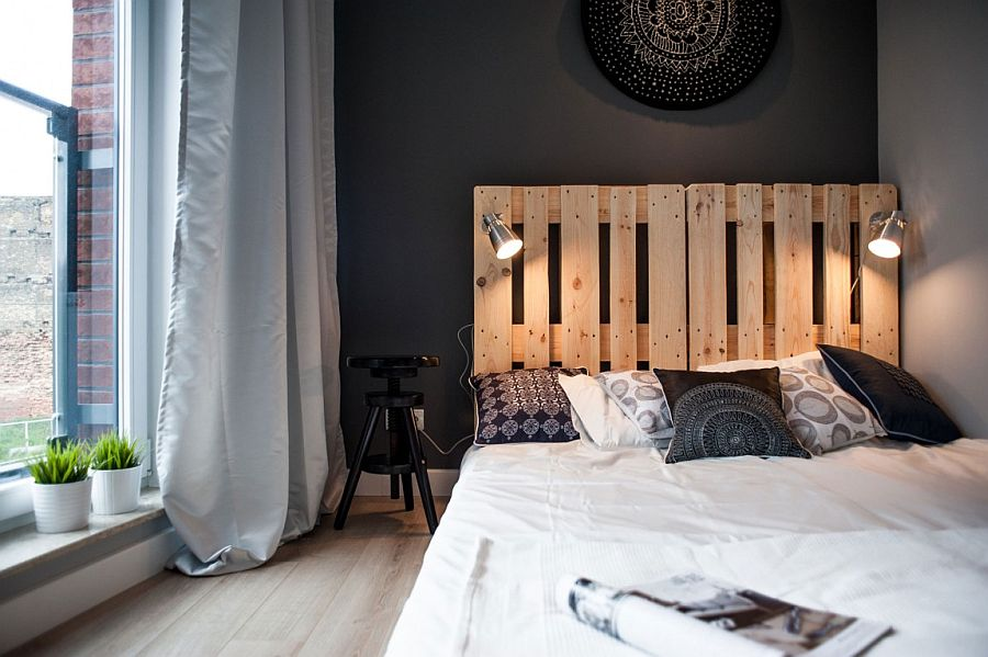Sconce lights in the bedroom for those who love to read in bed