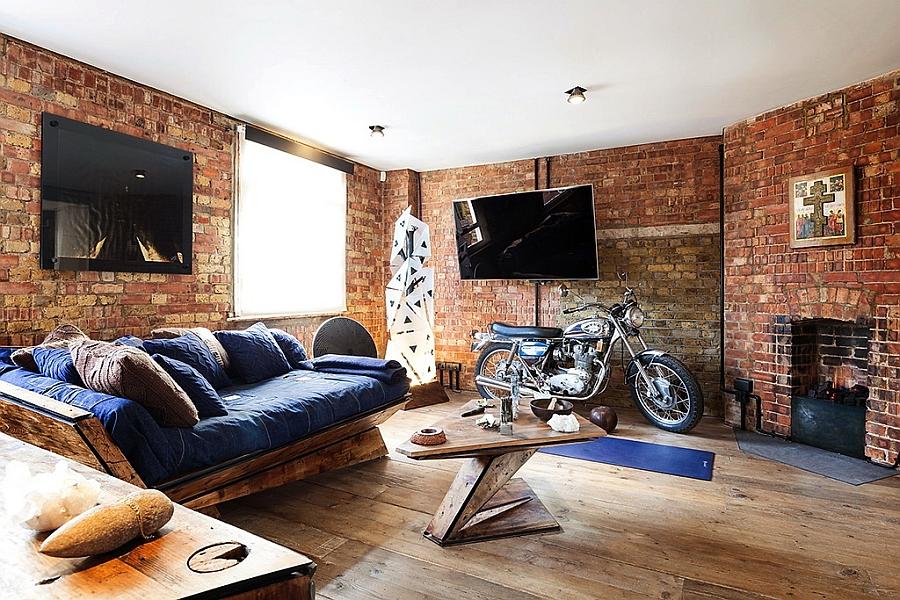 Sensational living room of London apartment [Design: Michaelis Boyd Associates]
