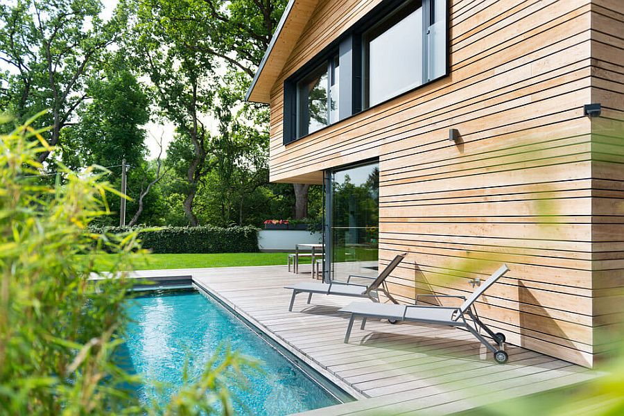 Simple and elegant poolside loungers for the modern deck