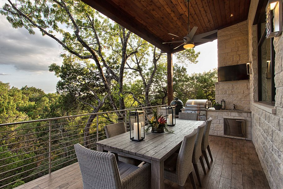 Simple and ergonomic deck design for the rustic Austin home [Design: Cornerstone Architects]