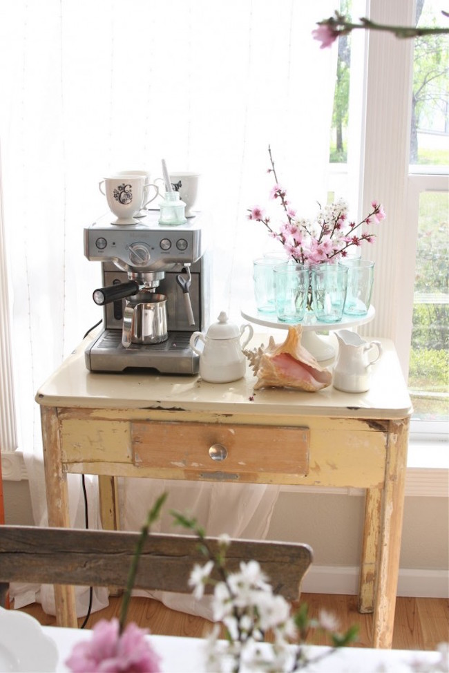 Small coffee station with a beachy look