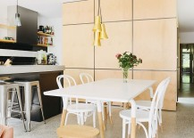 Small-dining-space-next-to-the-kitchen-217x155