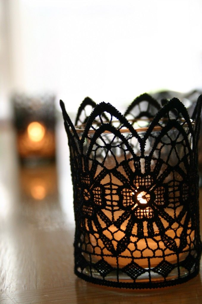 Small glass candle holder with tea light and black lace