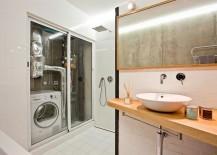 Smart-bathroom-design-serves-as-a-multi-purpose-room-217x155