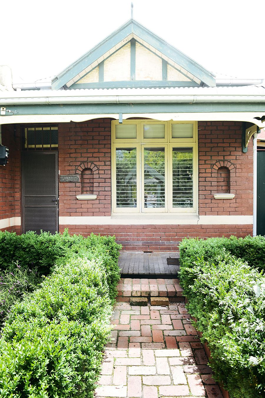 Traditional front facade of the Holden Street House