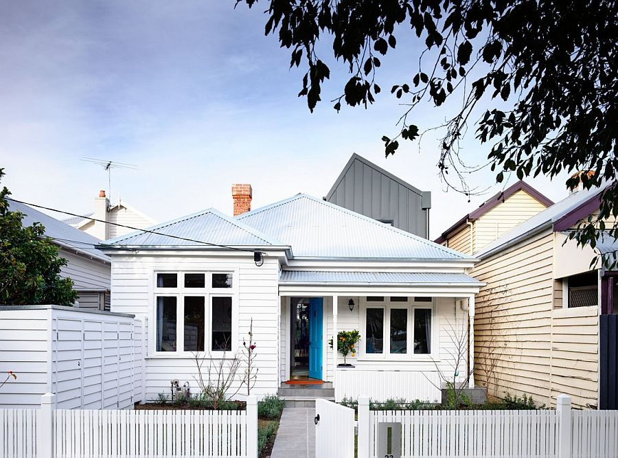 Traditional street facade of the Sandringham Residence with the new addition in the backdrop Trendy Rear Extension Revitalizes Classy Double Fronted Auckland Cottage