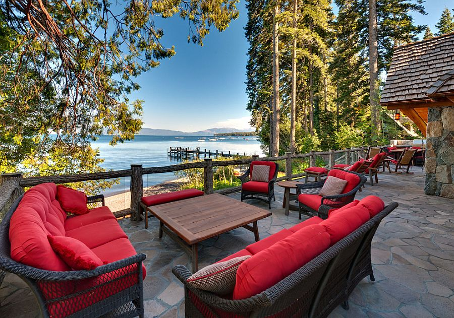 Tranquil deck is all about the wonderful view on offer [Design: Olson-Olson Architects]