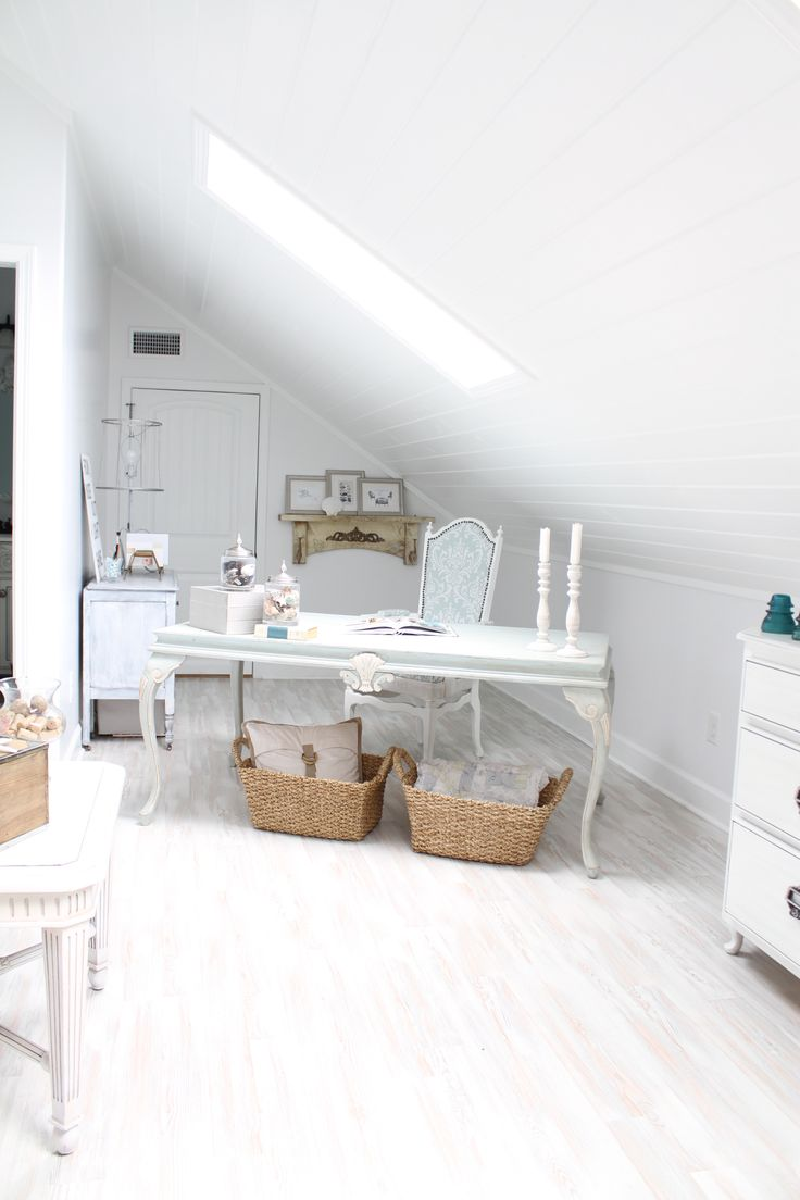 Very bright and elegant attic studio