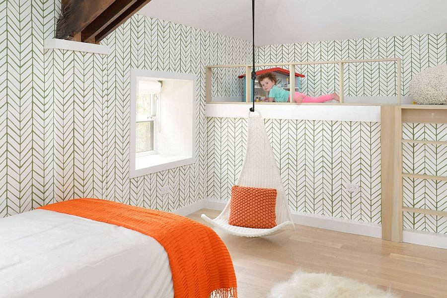 Wallpaper brings pattern to the cozy kids' bedroom