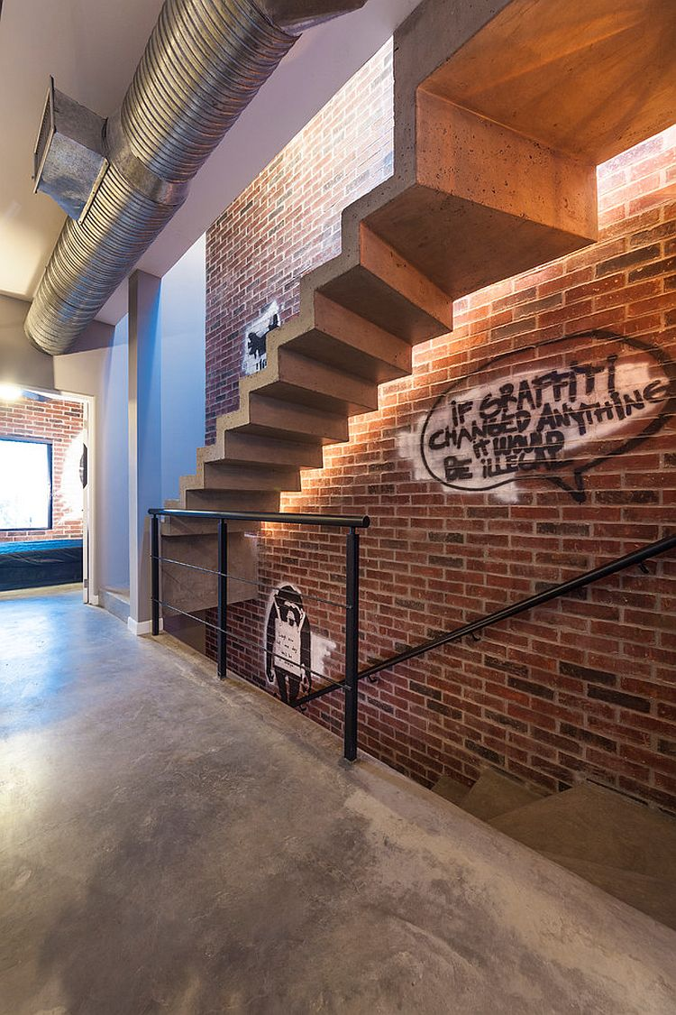 Who says industrial staircases are sterile and boring! [Design: CityLoft]